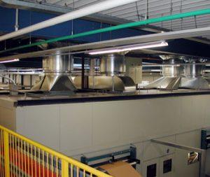 Akoestische cabine met intensieve ventilatie
